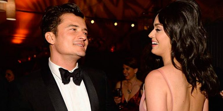 "Orlando Bloom practica ""paddle"" desnudo con Katy Perry"